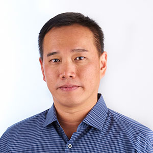 Roy Chua Headshot