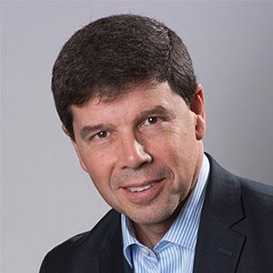 Marc Halbfinger Headshot